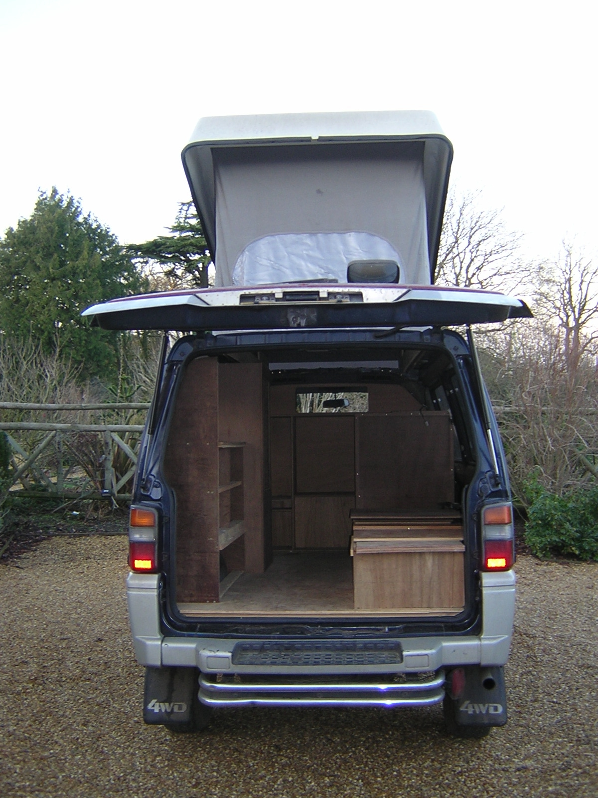 Mitsubishi Delica Owners Club UK™ :: View topic - L300 Reimo pop-top ...